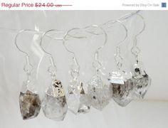 Holiday Special Silver Dipped Druzy Earrings Druzzy by BijiJewelry $20.40 #cybermonday #sale #Christmas #women #jewelry #druzy https://www.etsy.com/listing/197519902/holiday-special-silver-dipped-druzy