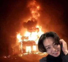 """Erin 🦋 Taehyung'sPinguImpression⁷ on Twitter: """"The McDonalds x BTS not being available in the UK is my villains origins story.… """" Bts Meme Faces, Funny Faces, Funny Reaction Pictures, Meme Pictures, Foto Jungkook, Foto Bts, Reaction Face, Bts Memes Hilarious, Bts Reactions"""