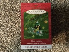 Item is in great condition Hallmark Christmas, Hallmark Ornaments, Michael Cole, Hallmark Homes, Seasonal Decor, How To Stay Healthy, Conditioner, Thankful, Cool Stuff