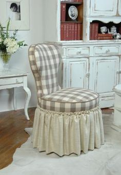 cute reupholstered chair with large gingham check and solid skirt for my bathroom makeup table Style Cottage, Take A Seat, Chair Covers, Sofa Chair, Slipcovers, Decorating Your Home, Diy Furniture, Sweet Home, Shabby Chic