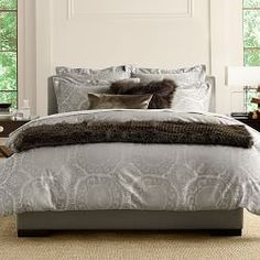 features luxury bedding and bath linens that are essential to any home find elegant bedding sets bath towels and more