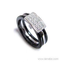 Sortija de Plata y Cerámica de Joyería Larrabe Wedding Rings, Engagement Rings, Jewelry, Pendants, Bracelet, Enagement Rings, Jewlery, Bijoux, Schmuck