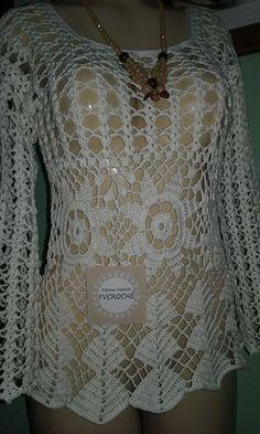 Lindos trabalhos de uma amiga! Lace Dress Pattern, Crochet Lace Dress, Crochet Tunic, Crochet Jacket, Crochet Crop Top, Jacket Pattern, Free Crochet, Diy Crafts Knitting, Crochet Woman