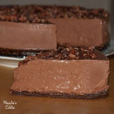 Tort raw vegan de ciocolata