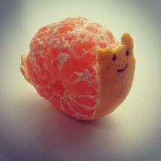Een slak van een mandarijntje