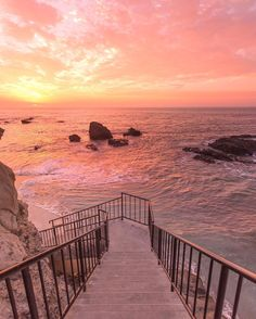 Onlineshop for Matcha tea, detox articles and superfoods - Bilder - Fotografie Beautiful Sunset, Beautiful World, Beautiful Places, Beautiful Scenery, The Beach, Sunset Beach, Beach Waves, Beach Sunsets, Beach Sunset Wallpaper
