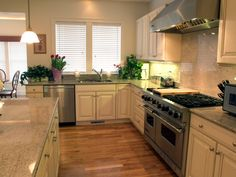 LOVE this kitchen.  Nice flow, lots of space, like the cabinets and hardware