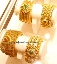 Jewellery Designs: Antique Bangles 40 Grams