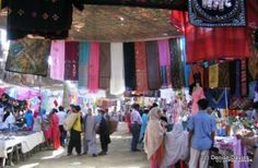 Karachi Itwar Bazaar - the Sunday Market is a great place to shop and people watch Commercial Complex, Karachi Pakistan, Location Map, Great Places, Travel Photos, Sunday, Marketing, Pictures, Watch