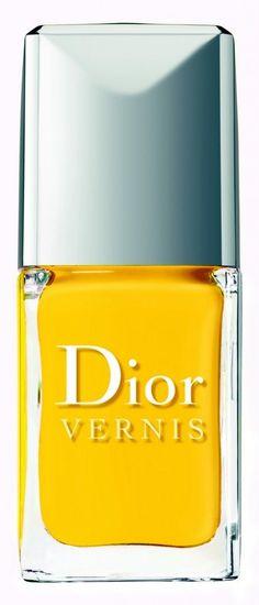 Dior 'Vernis' Gel Shine & Long Wear Nail Lacquer available at via Glam Nails, Beauty Nails, Fun Nails, Pretty Nails, Beauty Make Up, Diy Beauty, Gold Nail Polish, Nail Polishes, Hair And Nails