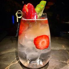 Karma Cocktail - For more delicious recipes and drinks, visit us here: www.tipsybartender.com
