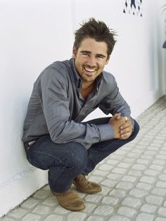 Colin Ferrell-  I've been crushing on this gorgeous man since the young age of 10. Damn I'm twisted... =P