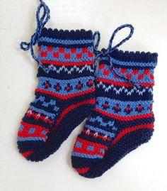 Knitted Baby Boy Girl Newborn Blue Red by NellysLittleGifts, €20.00
