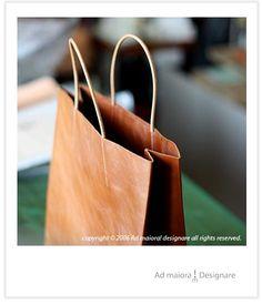 革袋 - Ad maiora! レザークラフトとくまのひとり言 Paper Shopping Bag, Madewell, Tote Bag, Patterns, Leather, Bags, Coin Purses, Purses, Pattern