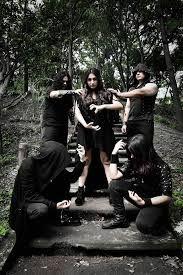Krahelsek / Mexico  (Symphonic Black Death Metal)  Quelle: https://www.facebook.com/pg/KRAHELSEK.BAND/about/?ref=page_internal
