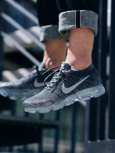 Sneakers Nike  : Nike Air VaporMax Flyknit / 849558-002 Click to shop Nike Trainers, Sneakers Nike, Sneakers Fashion, Nike Shoes, Nike Vapormax Flyknit, Sneakers Looks, Nike Running, Running Shoes, Jogging Shoes