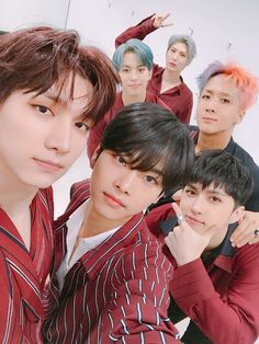 Oh my god i'm soo tired i just wanna sleep N Vixx, Ravi Vixx, K Pop, Vixx Wallpaper, Leo, Vixx Members, Jung Taekwoon, Jellyfish Entertainment