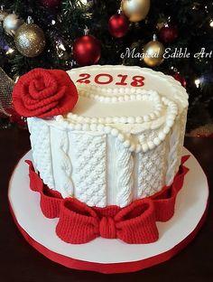 Knitting cake by Nadia