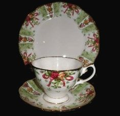 Royal Albert - Christmas, Holiday, or Winter Themed Patterns - Special Collections Green Damask Old Country Roses