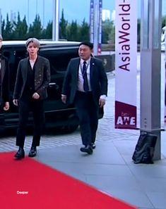 [❤️] 171201 MAMA RED CARPET #JIMIN #BTS #MAMARedCarpet