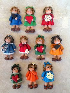 Le Creazioni di Gloria Jumping Clay, Cold Porcelain, China Porcelain, Diy And Crafts, Arts And Crafts, Indian Dolls, Clay Figures, Clay Projects, Clay Creations