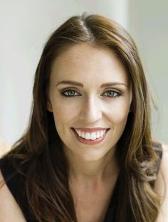 Leaders of the New Zealand Labour Party - current leader Jacinda Ardern Brave, Thing 1, Labour Party, Popular, Celebs, Celebrities, Female Images, Dream Team, Woman Face
