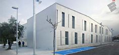 Candidato Premio Poraxa de Arquitectura sostenible/2012 - Obra: Centro de Salud Sa Pobla/ Mallorca - Arquitectos: Llorenç Seguí Triay, José Maria Aceytuno Pérez y Yamil El Querem Menchón.