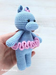 Free Cuddle Me Hippo crochet pattern