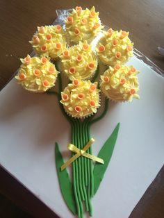 Mothersday cupcake display