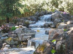 The Best Stone Waterfalls Backyard Ideas – Pool Landscape Ideas Backyard Water Feature, Ponds Backyard, Backyard Waterfalls, Pond Landscaping, Landscaping With Rocks, Swimming Pool Pond, Waterfall Features, Pond Waterfall, Natural Pond
