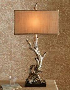 Uniquely Wood Lamps Design Ideas for Work Desk ⋆ Main Dekor Network Driftwood Furniture, Driftwood Projects, Driftwood Table, Driftwood Ideas, Furniture Ideas, Wooden Decor, Wooden Diy, Driftwood Chandelier, Chandelier Lamp