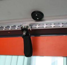 @max: von Handgriff zu Handgriff anbringen Tecamp - Terracamper - Die Bus-Manufaktur