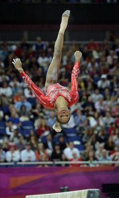 Team Gabrielle Douglas the Flying Squirrel Gymnastics Tricks, Gymnastics Posters, Sport Gymnastics, Artistic Gymnastics, Olympic Gymnastics, Gymnastics History, Olympic Winners, Olympic Games Sports, Martial Arts Techniques