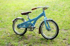 Sweet! http://lovelybike.blogspot.com/2012/06/childrens-bicycle-revamped.html?m=1