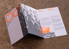 Here is a showcase of 25 Cool Brochure Designs for another list of inspiration.In this post you will see some example of a good brochure designs. Pamphlet Design, Leaflet Design, Leaflet Layout, Brochure Examples, Creative Brochure, Corporate Brochure, Corporate Design, Graphic Design Brochure, Brochure Layout