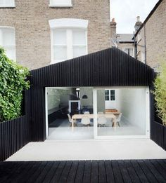 Modern kitchen/dining extension