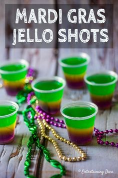 This purple, gold and green Mardi Gras jello shots recipe is awesome! It will fit right in with my Mardi Gras party decor. This purple, gold and green Mardi Gras jello shots recipe is awesome! It will fit right in with my Mardi Gras party decor. Mardi Gras Party Theme, Mardi Gras Drinks, Mardi Gras Food, Mardi Gras Centerpieces, Mardi Gras Decorations, Turquoise Decorations, Dessert Party, Krispy Kreme, Halloween Jello Shots