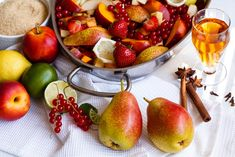 Fruit Salad, Baked Goods, Pear, Cherry, Yummy Food, Baking, Vegetables, Pastries, Christmas Ideas