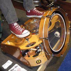 The Deluxe - www.footdrums.com
