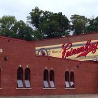 Chippewa Falls, WI - Leinenkugel Brewery Tour and Free Beer
