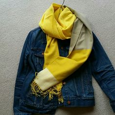 Gap yellow multi soft scarf Fun & cozy scarf GAP Accessories Scarves & Wraps