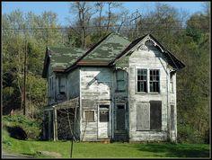 Ohio ~ Hammondsville by erjkprunczýk, via Flickr