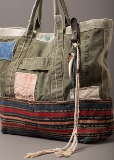 Bags made of blankets - for inspiration (selection) / Handbags, clutches, bags / SECOND STREET