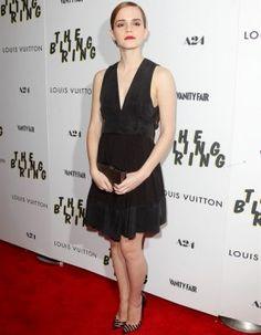 Emma Watson en petite robe noire Chanel