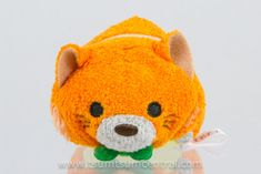 Information about the Disney Tsum Tsum character Thomas O'Malley including the availablity of plush Disney Tsum Tsum, Disney Plush, Disney Pixar, Tsum Tsum Characters, Aristocats, Pikachu, Hello Kitty, Fandoms, Cartoon