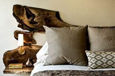 I want this for myself some day! 13 DIY Headboards Made From Repurposed Wood