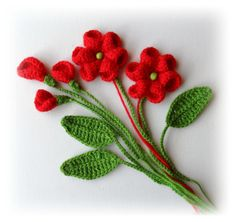 Hand Crochet Appliques flowers and leaves made using Acrylic yarn.    Flowers measures approx: 6,5 cm in diameter ( large flowers)    Leaves