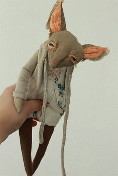 Olga Sokol is an artist based in Saint Petersburg, Russia. She creates amazing animal dolls with s. Fabric Dolls, Fabric Art, Textiles, Amazing Animals, Marionette, Fabric Animals, Monster Dolls, Creepy Dolls, Sewing Toys