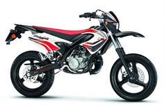We have carefully gathered the information about all well-known motorcycles of the brand Malaguti in the Super motard category here. Motard Bikes, Cars Motorcycles, Yamaha, My Style, Vehicles, Nice, Motorbikes, Car