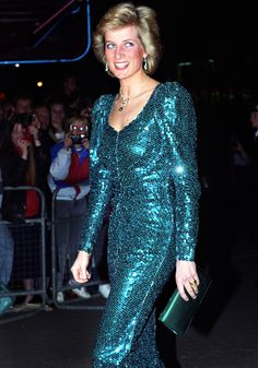 dianaspot:  Diana trusted Catherine Walker so much, she didn't even ask to see sketches of this sequined stunner before wearing it to several high-profile events, including a film premiere in London. 1989.